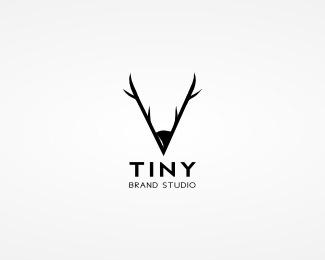 Tiny Brand Studio by VRIEL #antlers #tiny #deer #design #brand #logo #pencil