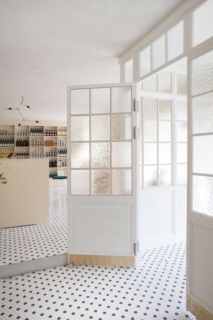 #door #interior #white
