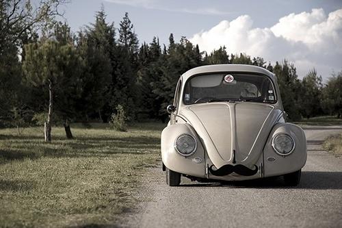Google Reader (1000+) #beetle #car #moustache