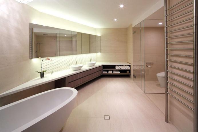 Spacious and Sophisticated Apartment in Sydney - #bath, #interior, #decor, home, bathroom