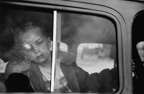 DOZE MAG INSPIRATION #photo #glass #photography #broken #roto
