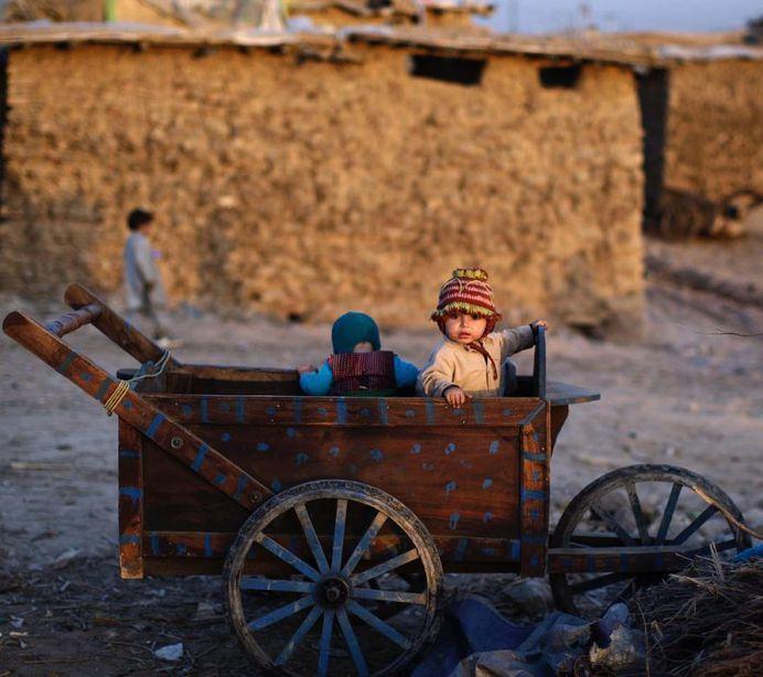 Afghan Refugee Children in Pakistan: Photojournalism by Muhammed Muheisen