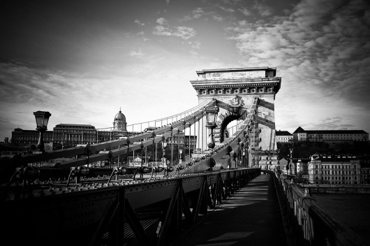 All sizes | Chain Bridge, Royal Palace - Budapest | Flickr - Photo Sharing! #white #budapest #link #danube #black #leica #photography #chain #and #bridge #blue