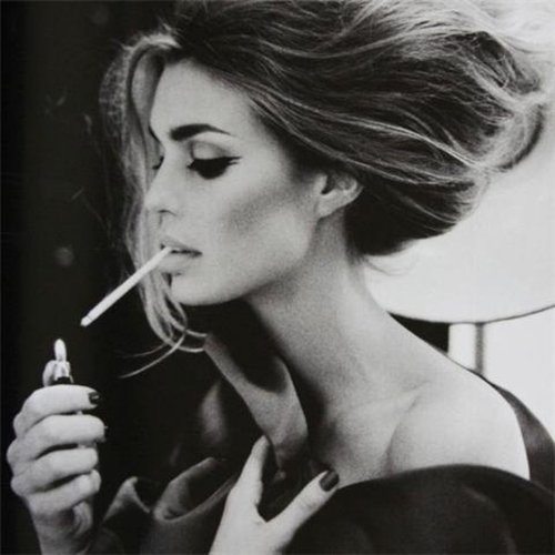 AHONETWO #women #smoke #ahonetwo #beauty