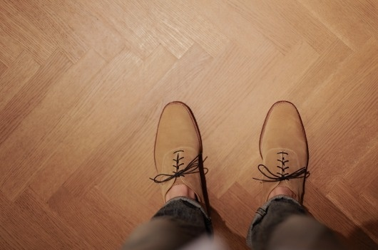 Picture+6.png 1067×708 píxeles #shoes #floor #brown #couture #formelle