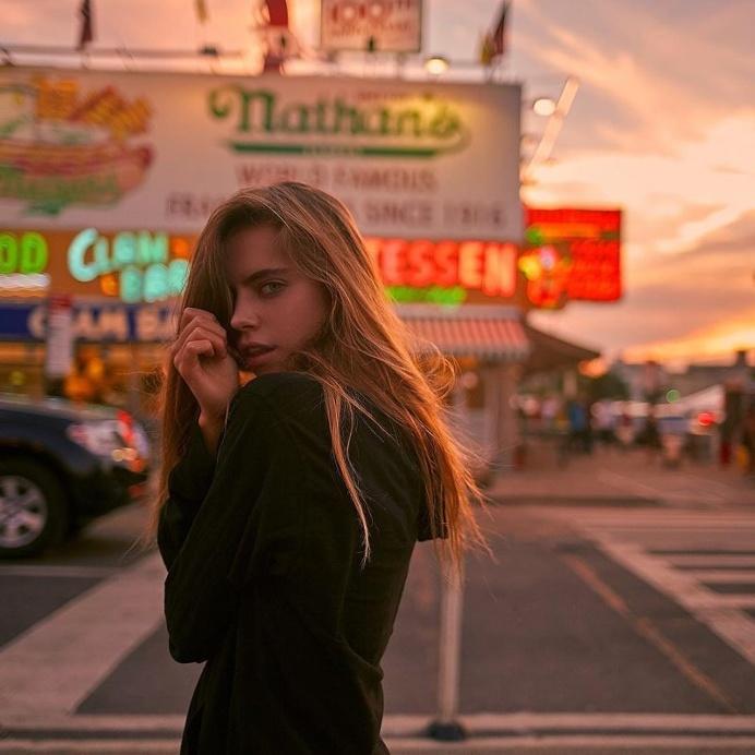 Beautiful Women Portraits by Frankie Marin