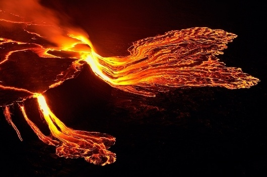 Nyiragongo Crater: Journey to the Center of the World - The Big Picture - Boston.com #lava #photography