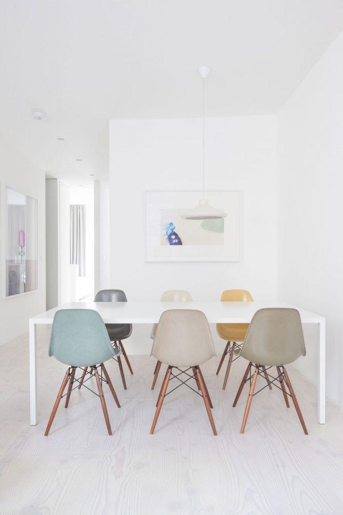"HASA Architects transforms London apartment into ""seamless white box"""