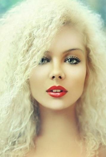 Portrait Photography by Lena Dunaeva » Creative Photography Blog #inspiration #photography #portrait