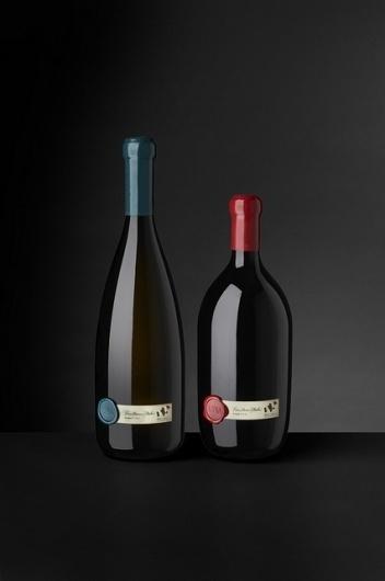 UNA   Flickr – Condivisione di foto! #bottle #packaging #wine #una #cibicworkshop #italy