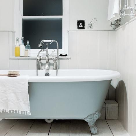 Cottage in Cornwall #interior #tub #bathroom