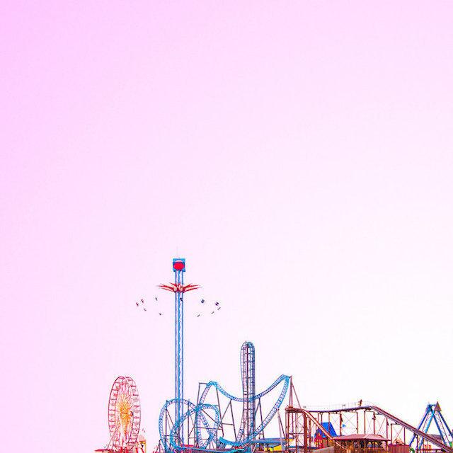 Candy-Colored Minimalism Photography – Fubiz™ #photo