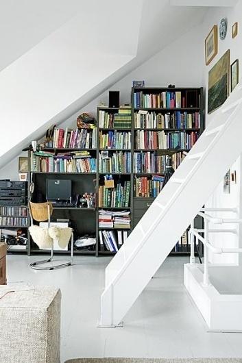 VT0211_Spaarndammerstr_017.jpg 400×600 pixels #interior #design #white