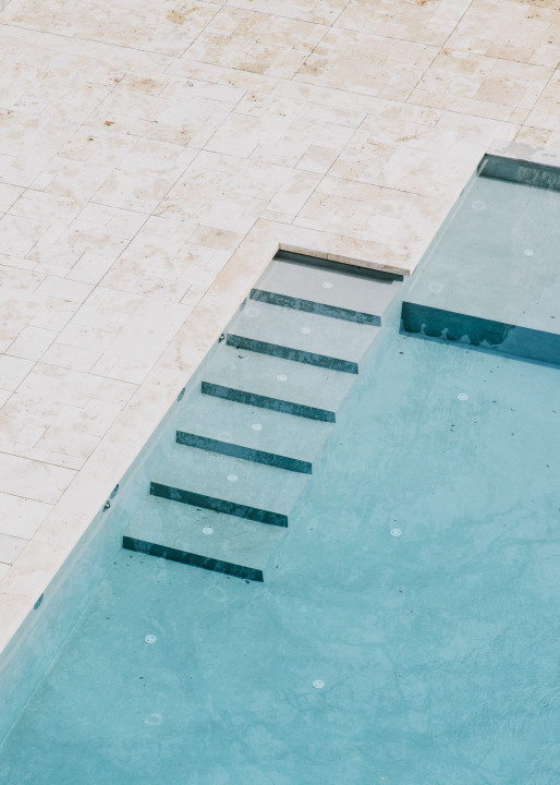 Castillo de Peratallada by MESURA. Photo © Salva López. #pool #minimalist #mesura #salvalopez