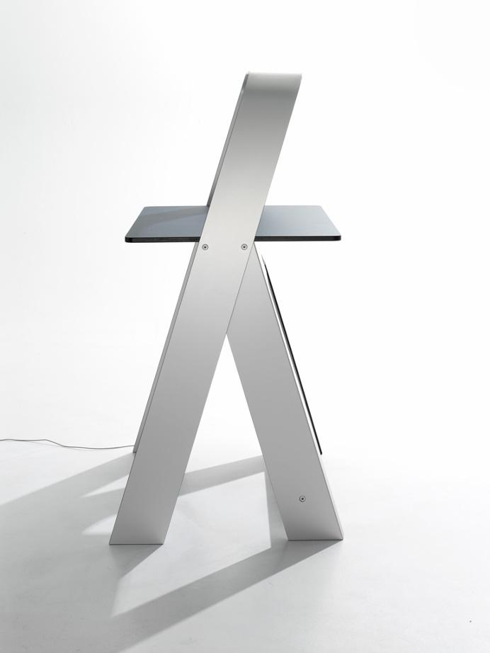 Light Desk