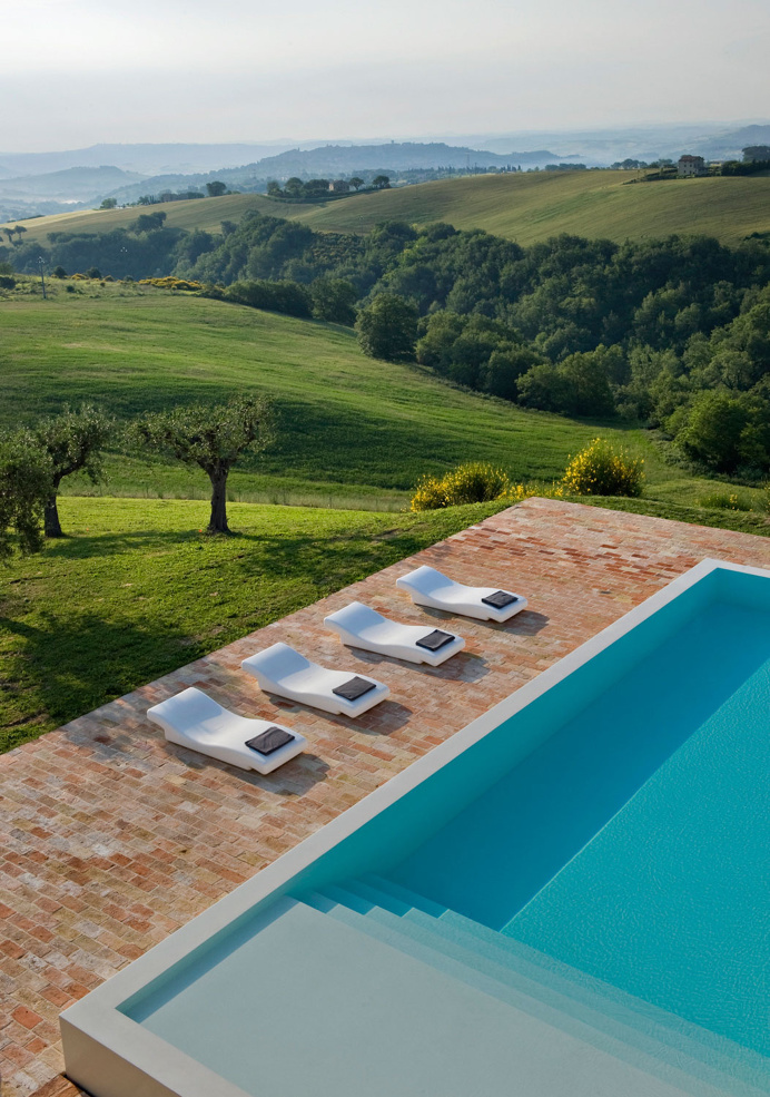 Casa Olivi Treia Italy Wespi de Meuron enironement architecture swimming pool italy house interior design inspiration by www.mindsparklemag.