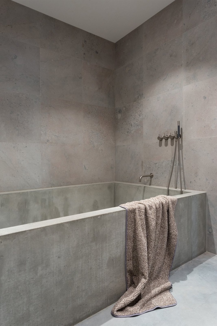 Gold & Gray Apartment by Richard Lindvall. #bathroom #minimal #richardlindvall