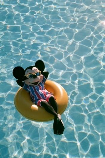 EIKNARF #pool #photography #mickey #mouse
