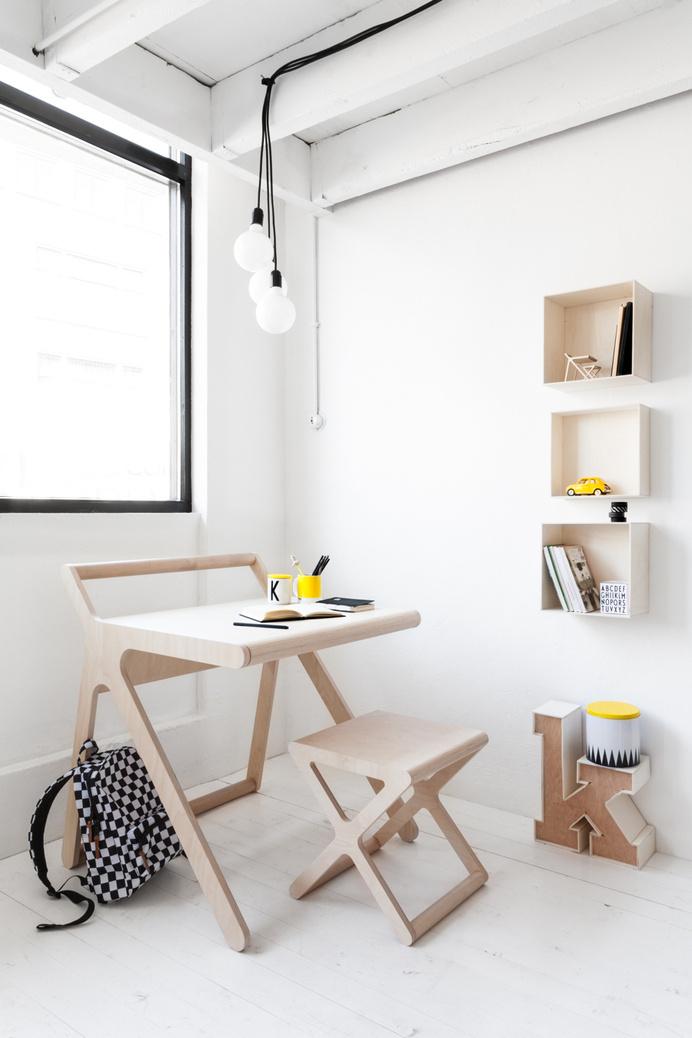 Elegant desk for childrenK desk by Rafa-Kids - www.homeworlddesign. com (11) #kids #design #desk #rafa