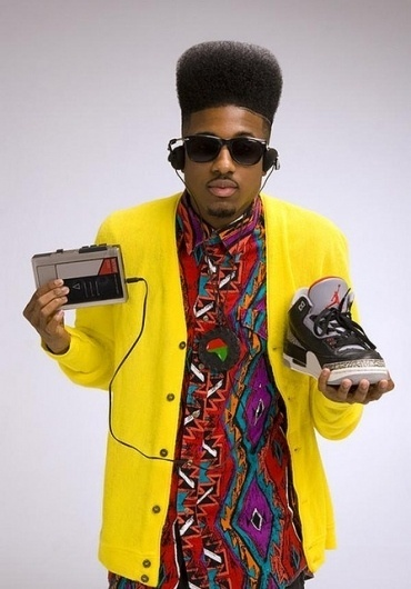 zoi93.jpg (447×640) #jordan #walkman #hiphop #nike #90s #sneakers #afro #music #shades #fashion