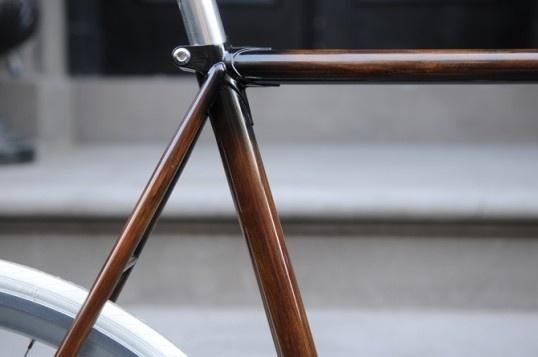 Woodgrain bike frame in defringe.com
