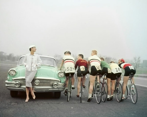 tumblr_l30zo4tT8n1qau50i.jpg (500×400) #bicycle #rides #vintage #numbers #car #race