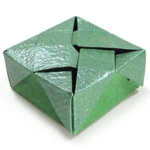 How to make a closed square origami box III (http://www.origami-make.org/howto-origami-box.php)