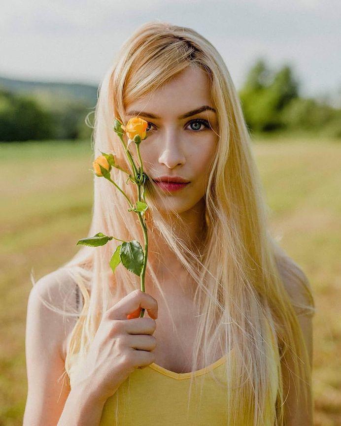 📸Photographer: Ivana Bjeljac @ivanabjeljac_photography 🎀Model: Ana Milesevic @ana.milesevic 📌Follow: @portraitistnet 🔖Tag: #portraitistnet