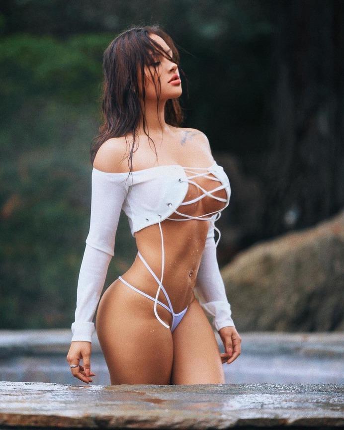 Top Alef Finest Girl