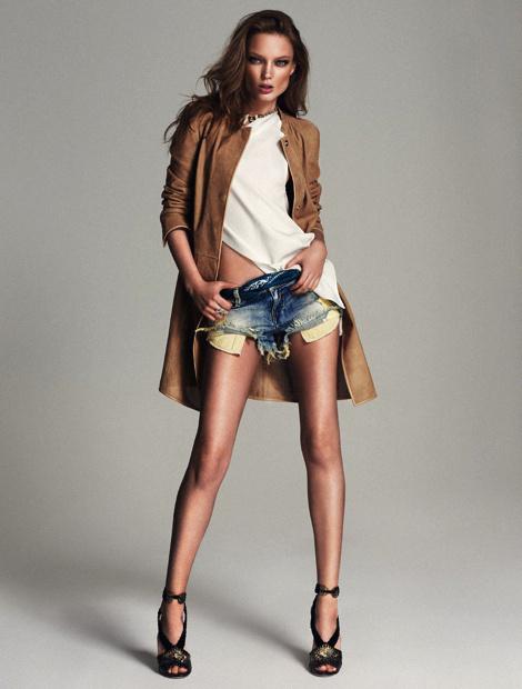 Xavi Gordo for Elle Spain #sexy #model #girl #photography #fashion