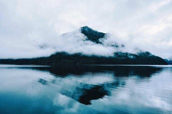 tumblr_nj9hz1fH7n1rhnm95o1_1280.jpg #mist #mountain #water #misty