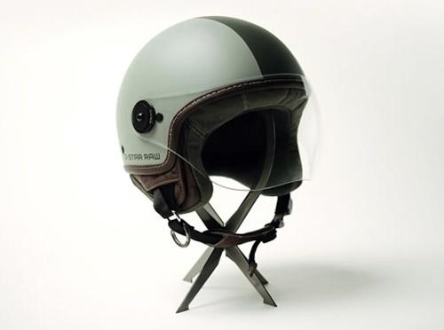 tumblr_koq4s25HDb1qzpajfo1_500.jpg (500×372) #helmet #stand
