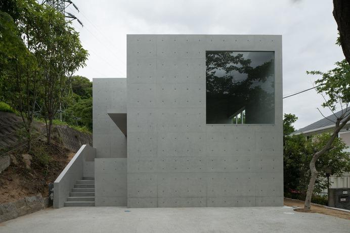 House in Ashiya by Kazunori Fujimoto Architects