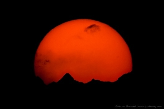 500px / Photo #sun #photography #mountains #himalayas