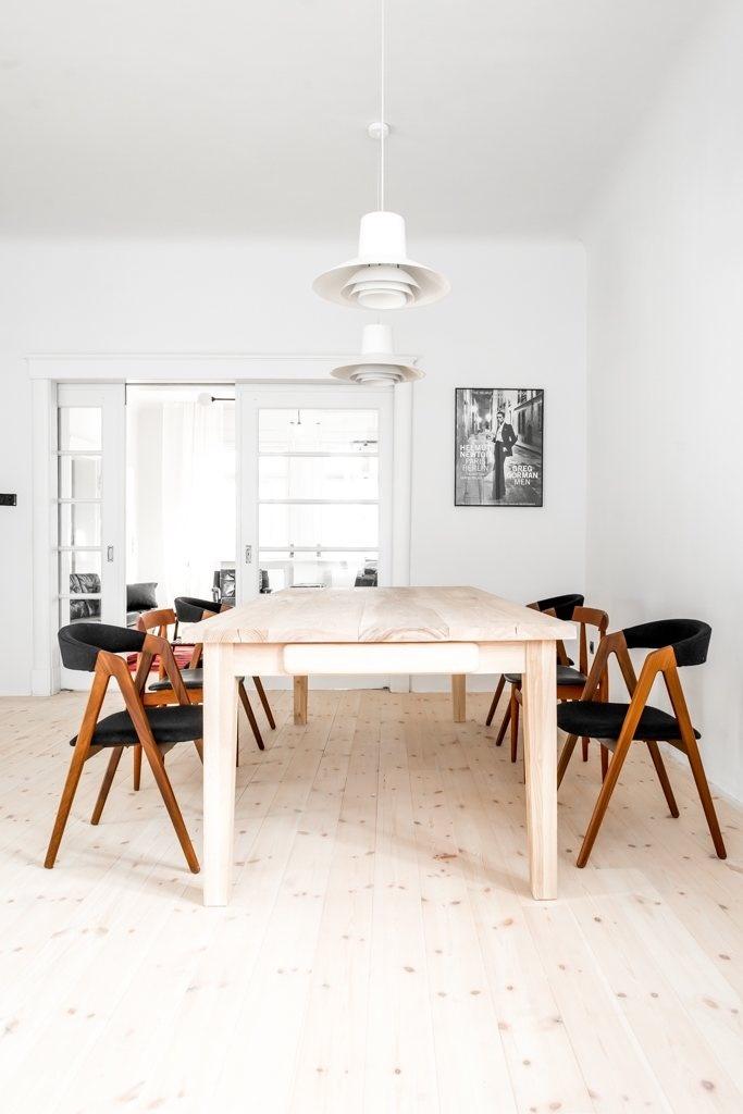 Dining room. House from the 20's by Jacek Kolasiński. Photo by Karolina Bąk. #jacekkolasinski #interiordesign #diningroom