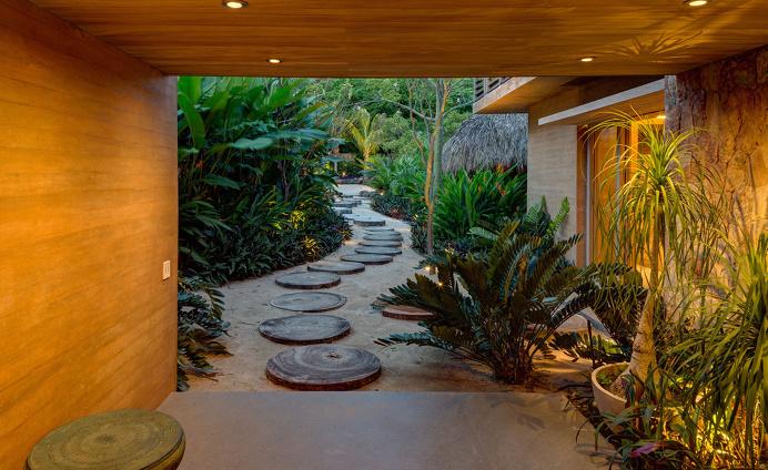 Pacific dreams: a coastal Mexican home built like a micro-village