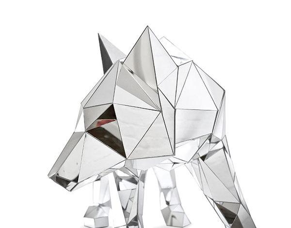 SCULPTURE : ARRAN GREGORY #mirror #wolf