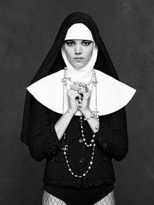 The Little Black Jacket | Art #fashion #chanel #art