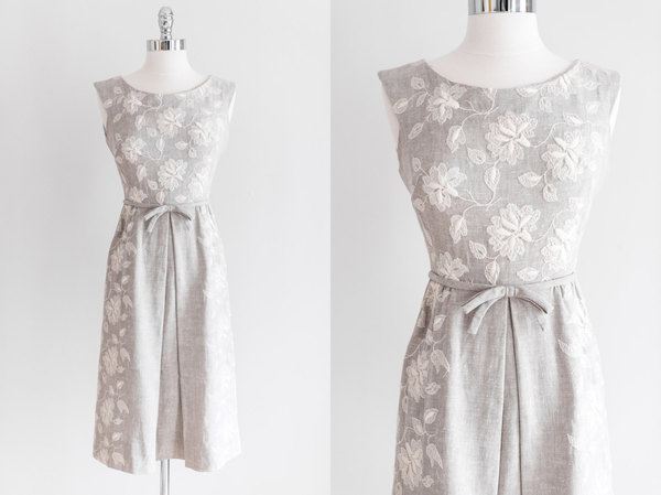 Vintage 1950s Embroidered Gray Linen Dress XS #vintage #fashion #lace #flowers #grey