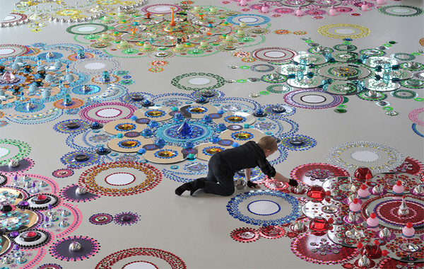 Remarkable Kaleidoscopic Floor Installations Made of Mirrors, Crystals and Glass by Suzan Drummen #art #installation