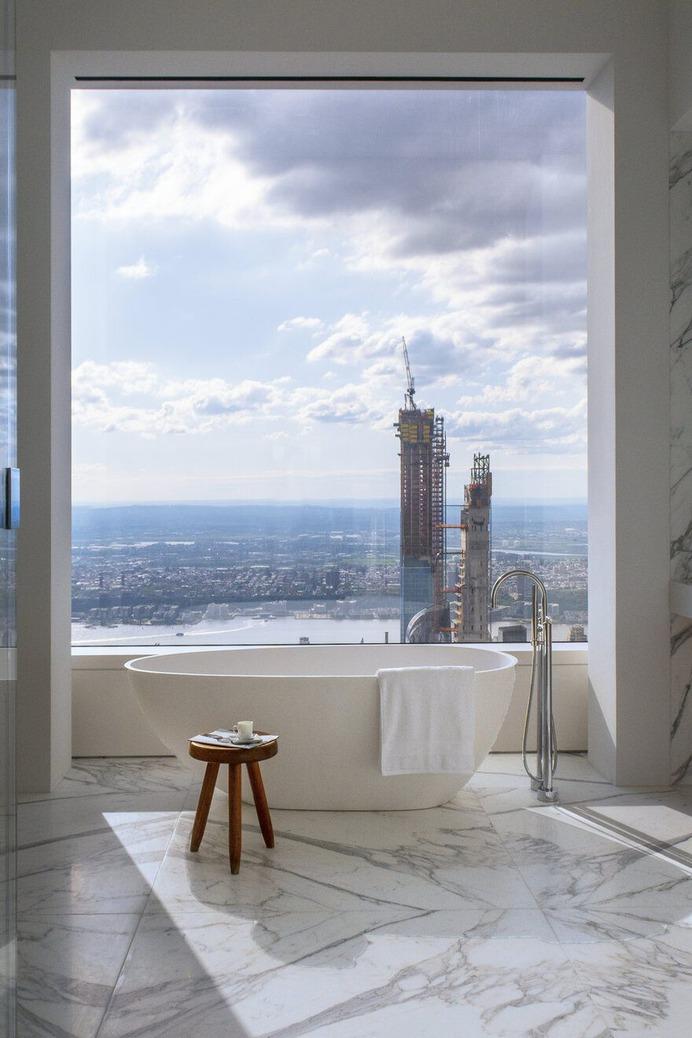 bathroom, New York / Axis Mundi