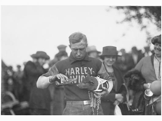 STEVE McQUEEN | HOLLYWOOD'S ANTI-HERO & TRUE SON OF LIBERTY « The Selvedge Yard #harley #hog #vintage #boys #davidson