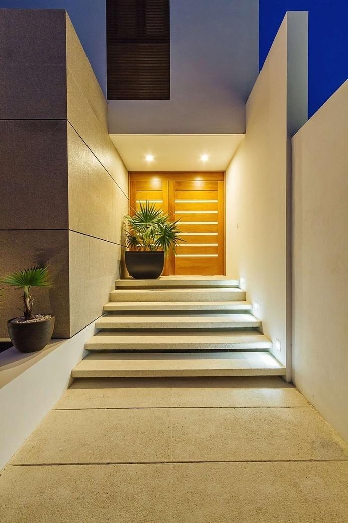 Casa JLM by Enrique Cabrera Arquitecto