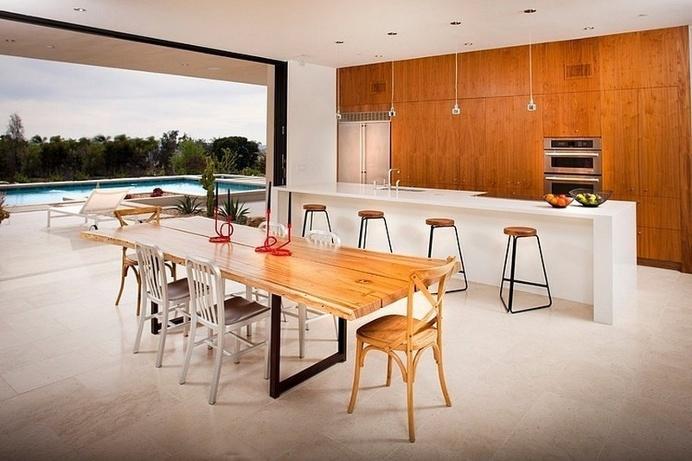 Mid-Century Modern Family House in San Diego / Nakhshab Development and Design