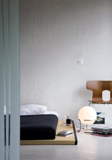 vineet kaur #interior #lamp #chair #books #bed