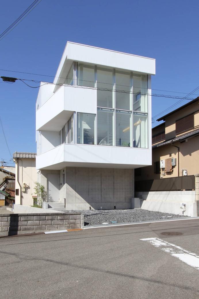 Higashinaga Townhouse