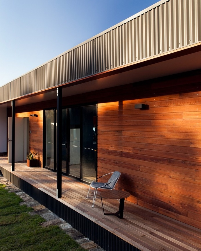 Prefab Beach House with Green Roof / ArchiBlox