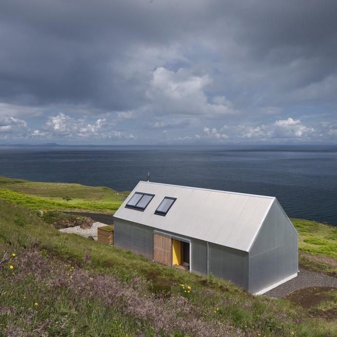 Tinhouse – Rural House on the Isle of Skye / Scotland