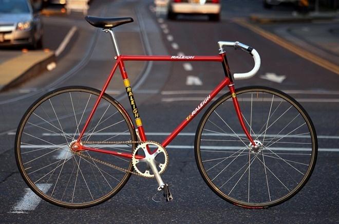 track, bike, bicycle