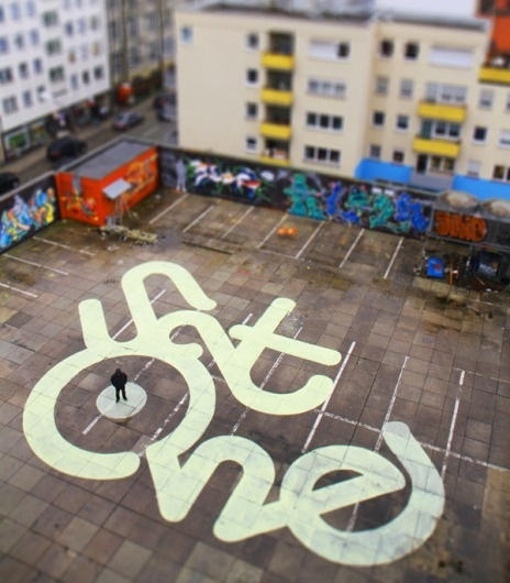 21-satone.png 600×684 pixels #graffiti #type #signage